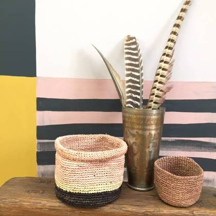 Medium Raffia baskets from Madagascar - set of 2 Pink (sold out)