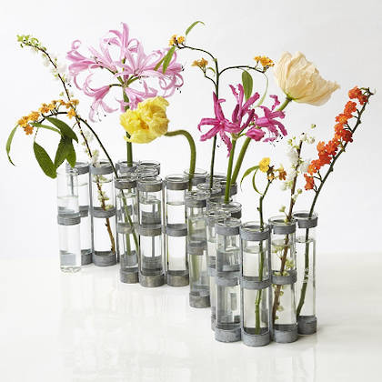 April Vase - the classic