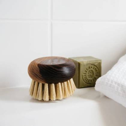 Andree Jardin Small Body Brush in Heritage Ash wood