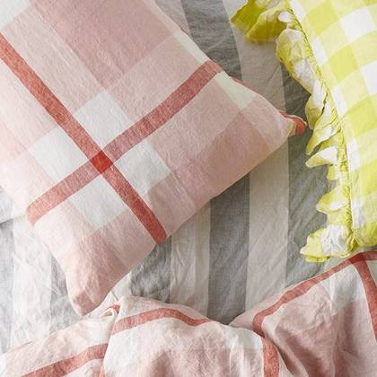 Floss Ruffle standard Pillowcase - set of 2 (due end of Feb)