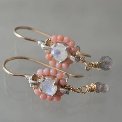 Earrings Flower mini coral, labradorite - n° 152 (sold)