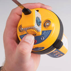 RescueMe 406Mhz EPIRB (Emergency Position Radio Beacon) with Mounting Bracket and GPS