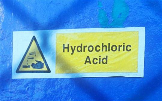 HYDROCHLORIC ACID 33 % 1000 LITRES