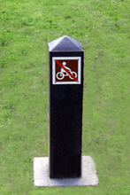Recycled plastic post sign, Clyma Park