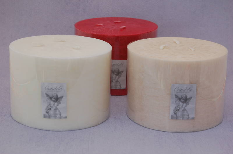 Half Giant White/Gardenia Fragrance Three Wick Candle