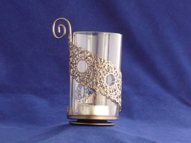 Glass tea light/votive holder copper base