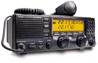 Icom M710 SSB Radio with Tuner