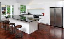 Remuera Kitchen: Simply Elegant
