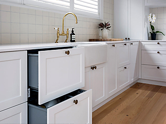 THUMB kitchen-Neo-Design-custom-auckland-classic-white-shaker-traditional-clean-minimal