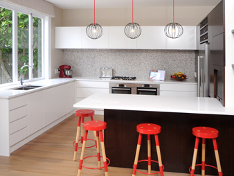 THUMB kitchen-neo-design-red-white-modern-ponsonby