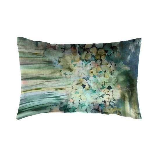 Voyage Maison - Sisa Velvet Cushion - Forest