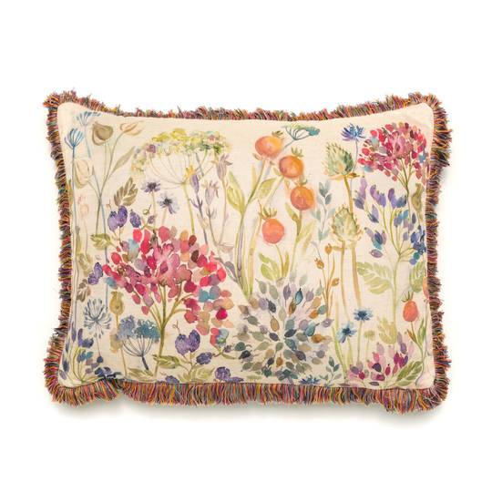 Voyage Maison - Country Blooms - Hedgerow Cushion - Classic
