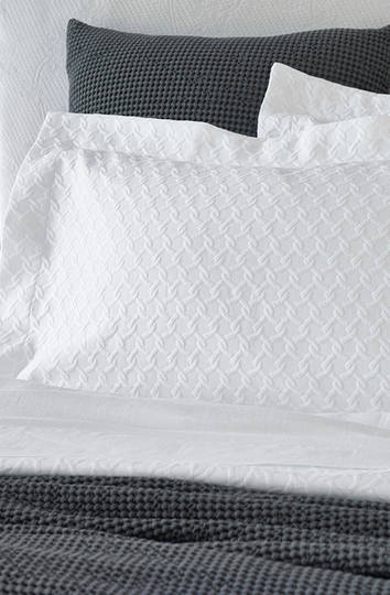 Baksana - Eternity Optic White Bedspread Set