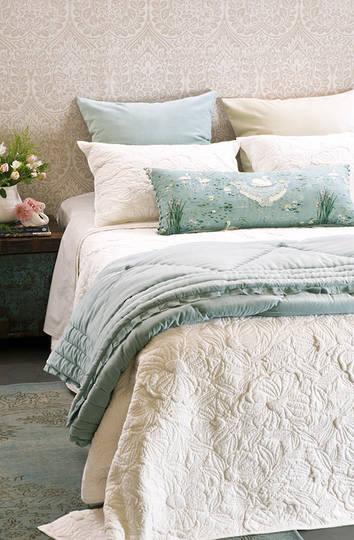 Bianca Lorenne - Magnolia Ivory Bedspread / Pillowcase/Eurocase