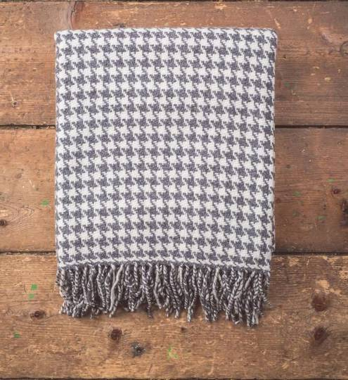 Importico - Foxford - Merino Throws - Houndstooth Oxford