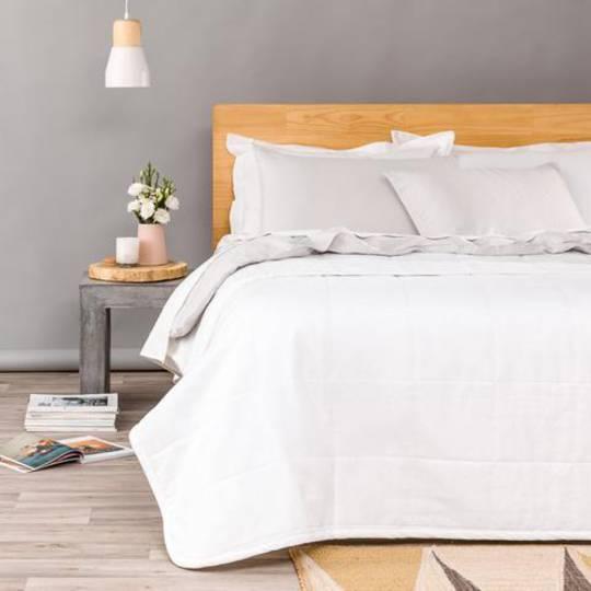 Seneca - Velvet Pin Comforter / Euros - Winter White