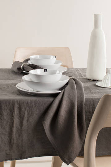 Importico - Himla Napkins/Table Runner/Tablecloths - Charcoal