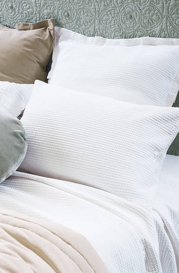 Bianca Lorenne - Valentina White Bedspread / Pillowcase/Eurocase
