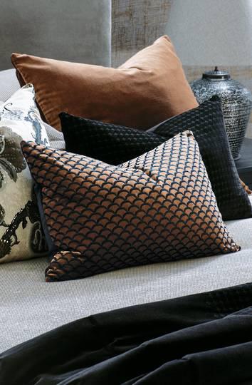 Bianca Lorenne - Arco Cushion - Copper/Black