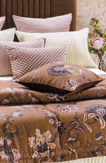 Bianca Lorenne - Capriccio Comforter / Pillowcase/Eurocase/Cushion - Copper