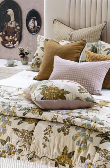 Bianca Lorenne - Chabana - Comforter / Pillowcase/Eurocase/Cushion - Blush