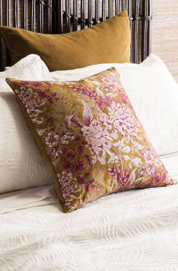 Bianca Lorenne - Giardino Cushion - Antique Gold