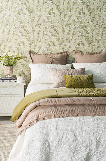 Bianca Lorenne - Grandiflora Ivory Bedspread / Pillowcases