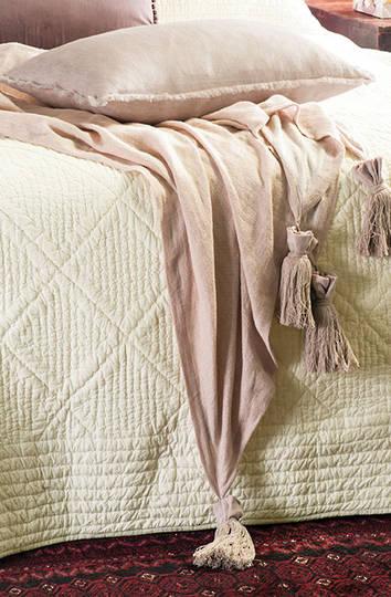 Bianca Lorenne - Hishigata Woven Cushion