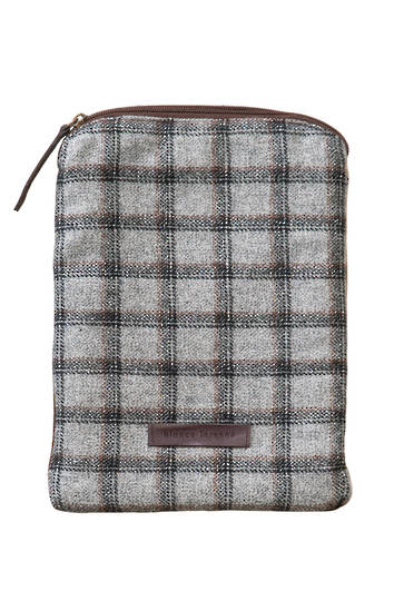 Bianca Lorenne - Tablet Cover - Light Grey Check