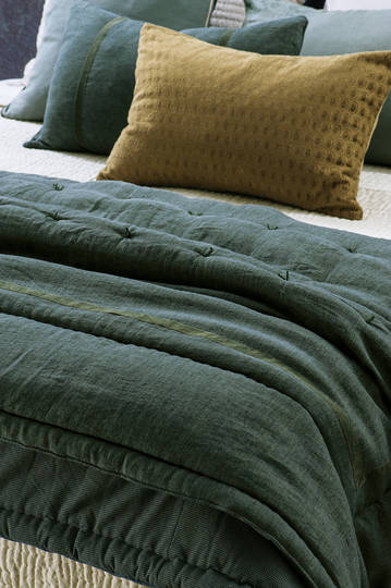 Bianca Lorenne - Luchesi - Storm Comforter / Eurocase and Cushion