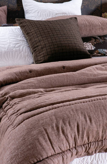 Bianca Lorenne - Marcello Comforter/Eurocase - Rosewood