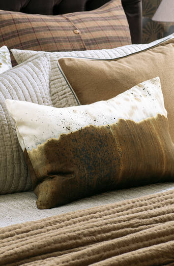 Bianca Lorenne - Migiwa Cushion - Antique Gold/Ivory