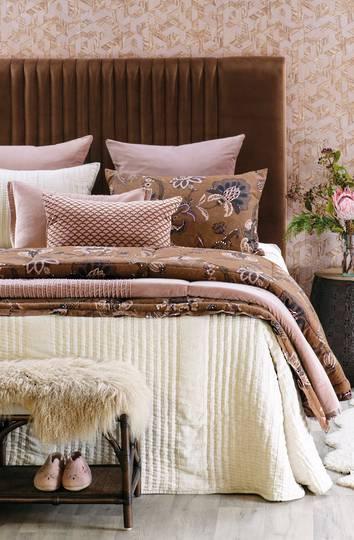 Bianca Lorenne - Puritsu Bedspread /Pillowcase/Eurocase - Ecru