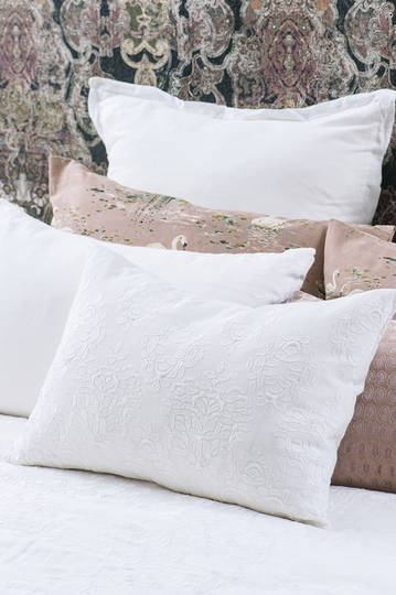 Bianca Lorenne - Rabat Cushion - White