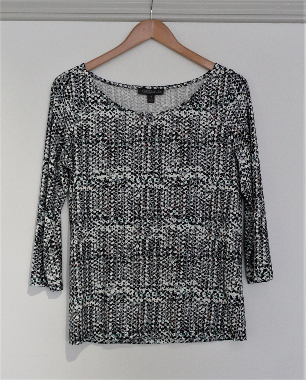 Jane Daniels german printed knit top Grey dot 1-435