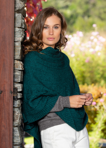 NW3150 Cable Poncho-418