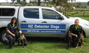 NZ Detector Dogs Zara and Keta  with Handlers Janet and Wayne