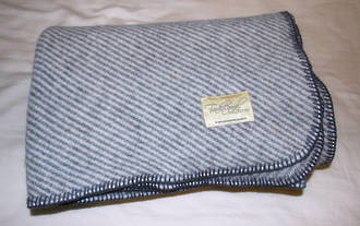 Heavy Weight Wool Throw With Blanket Stitch