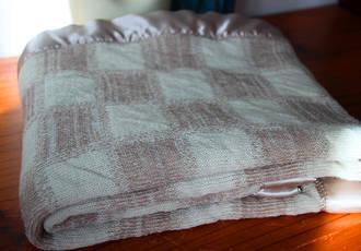 Knitting Wool Blanket - Square Pattern