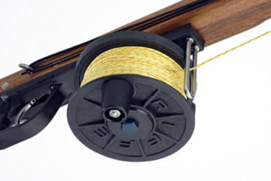 Riffe Horizontal Reel with line