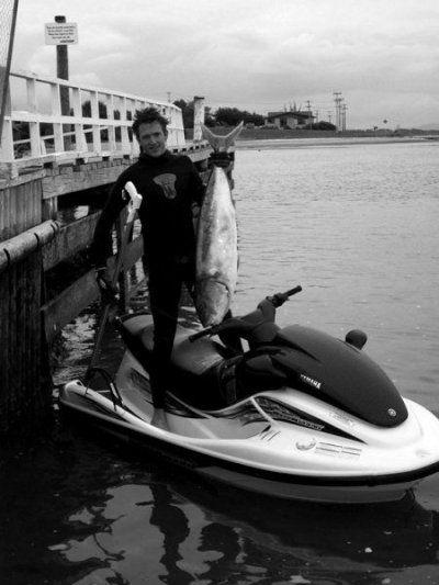 Spearfishing_From_a_jetski1_1.jpg