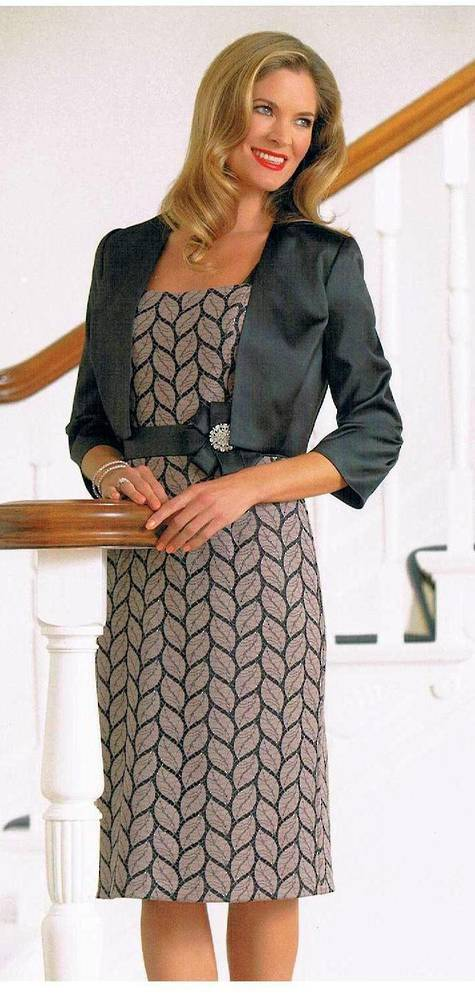 Black and beige print dress - one only size 8