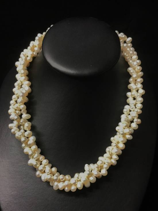 White freshwater pearl 3 strand necklace