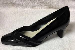Black suede and patent court shoe