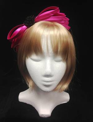 Fuchsia and black fascinator - one only
