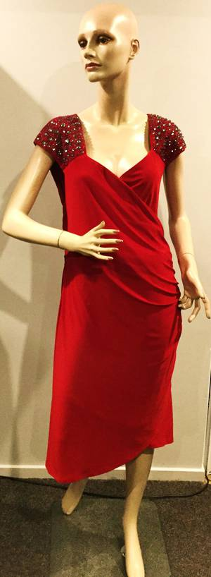 "Rouched dress with ""V"" neck - size 22 and 24 only"