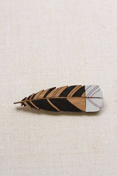 Large Huia Feather Brooch