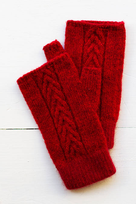 Whero Cable Knit hand cosies