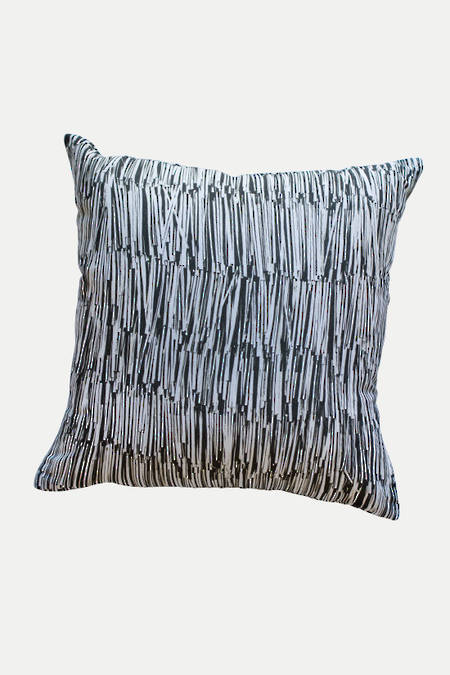 Hukahuka  linen cushion
