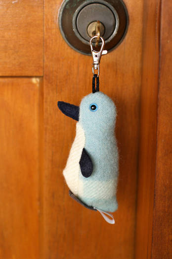 Clip-on Korora Penguin beanie